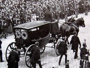 Hugo_enterrement